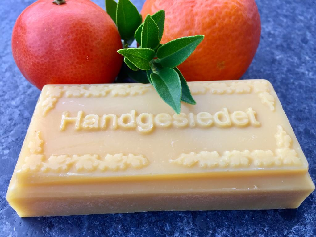 "Mandarinenseife - ""Die Erheiternde"" - ca. 100g"